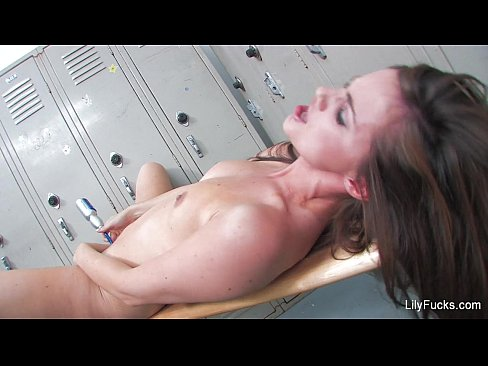 Hardcore sex and squirting in the locker room